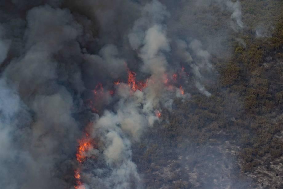 Fogo consome a reserva Sesc Pantanal, em Poconé, no Mato Grosso
