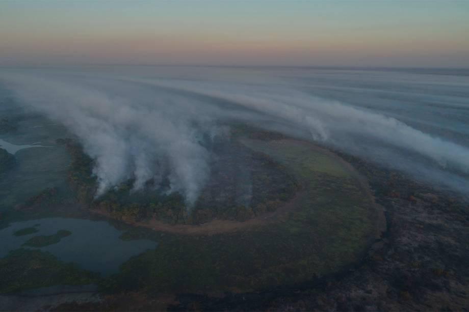 Vista aérea dos incêndios no Pantanal que se arrastam há semanas