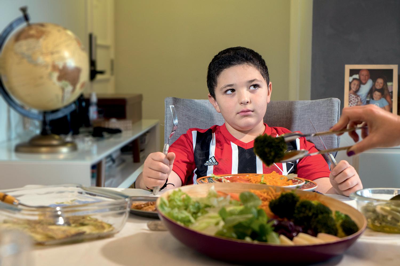 Aprovação de novo remédio aquece discussão sobre obesidade entre jovens