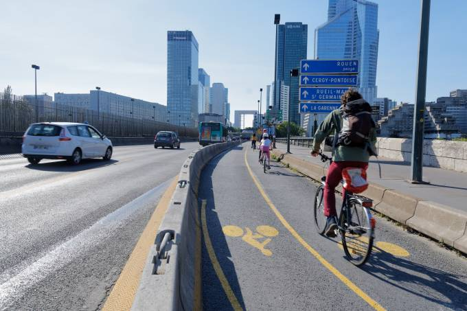 New Cycling Path In Paris