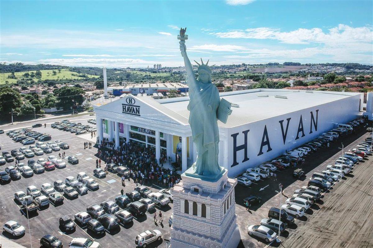 Depois de desistir do IPO, Havan projeta faturamento de R$ 16 bi em 2021    VEJA