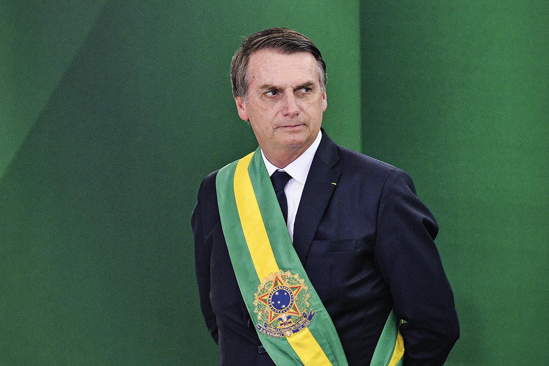 Bolsonaro faz barba, cabelo e bigode na nova pesquisa Datafolha