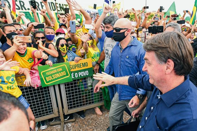 BRAZIL-HEALTH-VIRUS-BOLSONARO