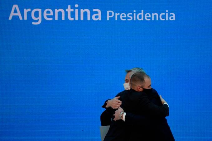 Argentina logra una adhesión del 93,55% a al canje de bonos de ley extranjera