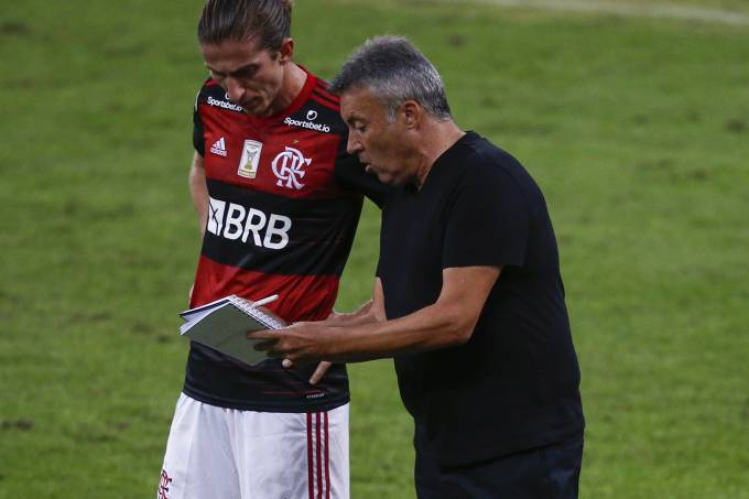 Domènec Torrent e Filipe Luís, do Flamengo