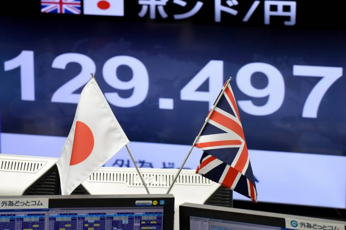 FILES-BRITAIN-EU-BREXIT-POLITICS-JAPAN-TRADE