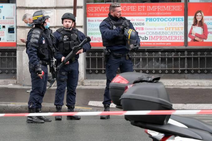 FRANCE-ATTACK-MEDIA