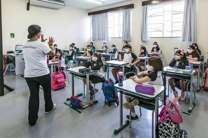 Movimentação em sala de aula do Colégio Uirapuru, em Sorocaba