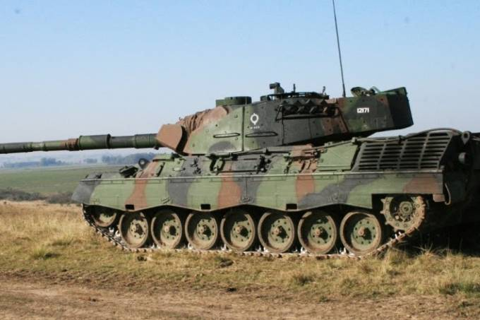 Leopard-1 A5