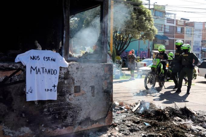 Siete muertos en noche violenta en Colombia en protestas contra la Policía