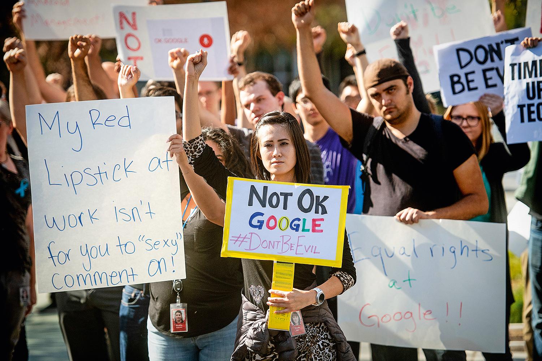 NO MUNDO TODO -Google: funcionários em diferentes países protestaram contra a empresa -