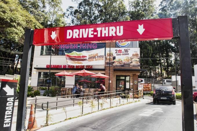 Drive-Thru-Burguer-King_2.jpg