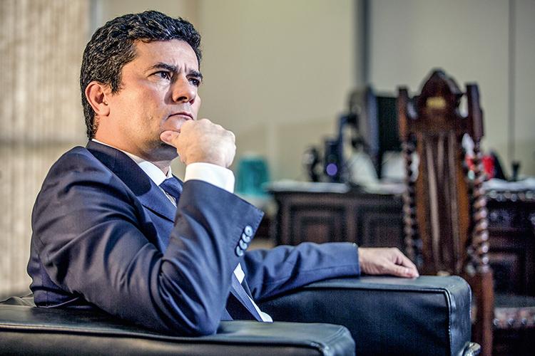 QUEM DIRIA? -Sergio Moro: petistas e bolsonaristas unidos contra o ex-juiz -