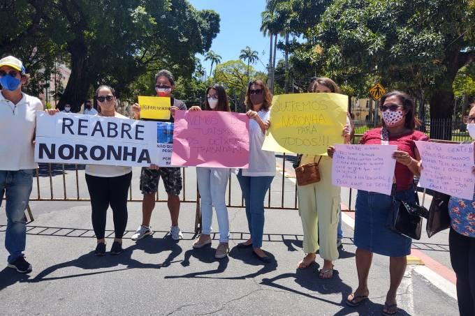 Noronha – protesto 2