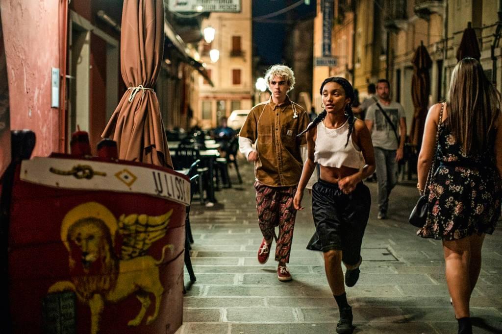 We Are Who We Are': Série da HBO destrincha as dores do amadurecer | VEJA
