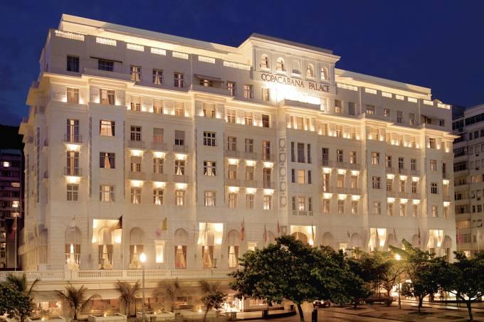 Belmond Copacabana Palace – Fachada noite (alta)