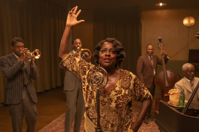 Viola Davis interpreta a lendária cantora Ma Rainey