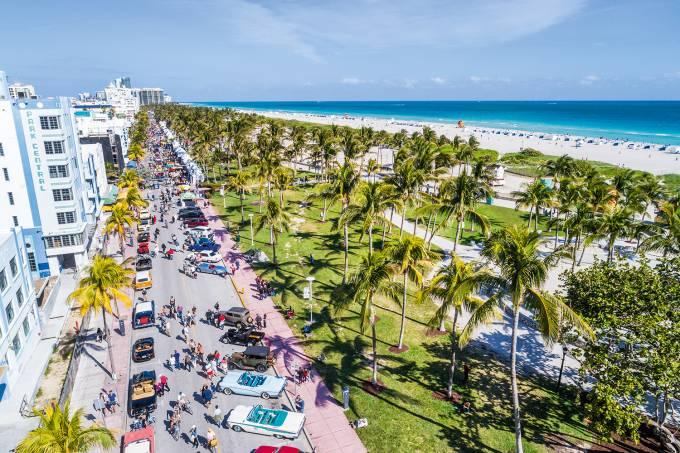 Miami Beach, Aerial of Art Deco District, Lummus Park and Park Central hotel