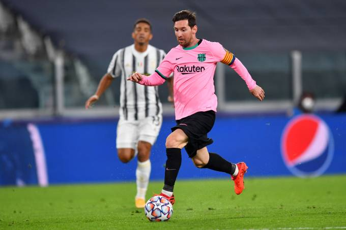 Juventus v FC Barcelona: Group G – UEFA Champions League