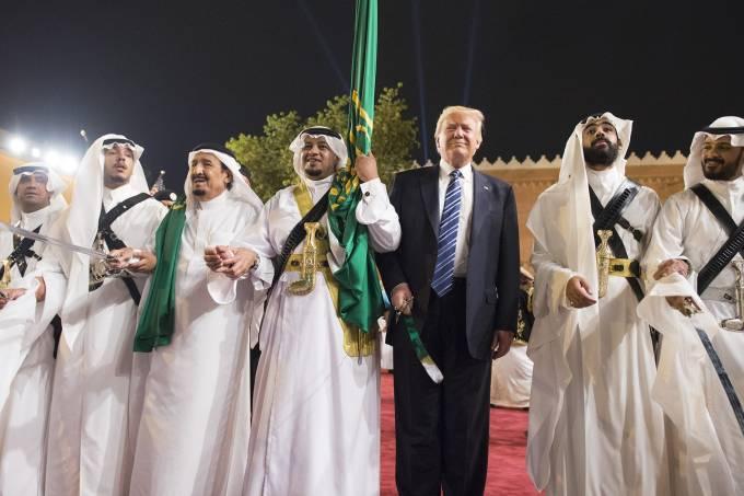 U.S. President Trump in Saudi Arabia for 1st visit abroad