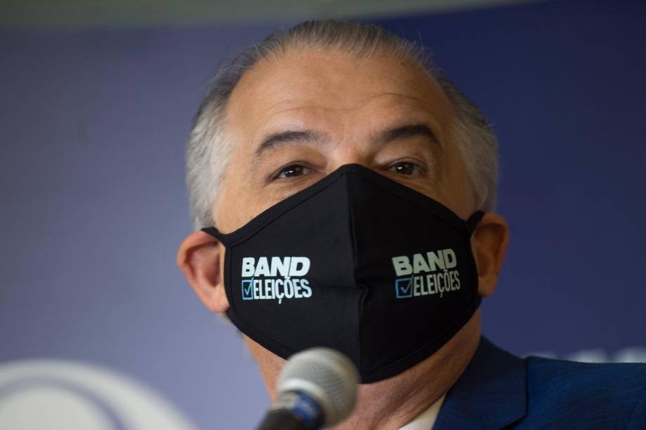 Marcio França (PSB) durante sua chegada ao primeiro debate eleitoral para a prefeitura de São Paulo -