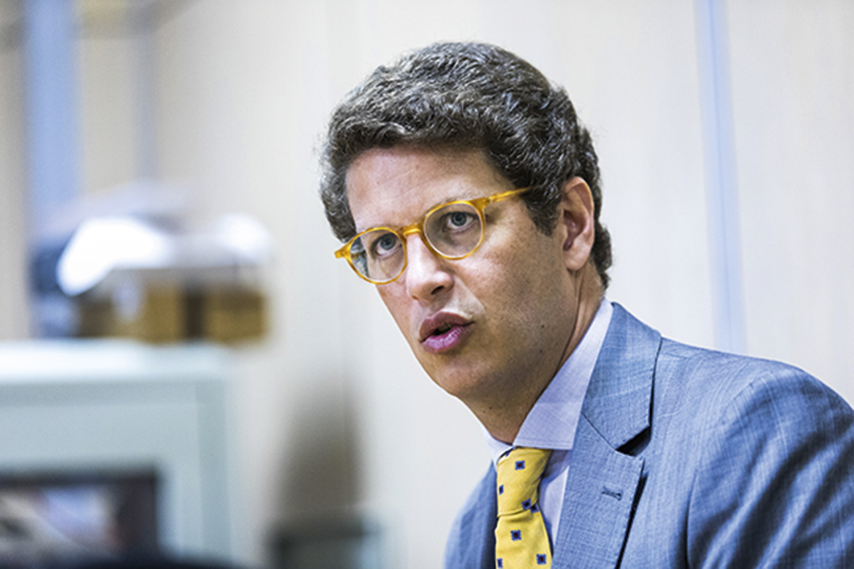 Salles recua e se desculpa 'pelo excesso' em críticas a Ramos