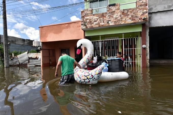 Anuncian lluvias intensas en estados del sureste de México por tormenta Gamma