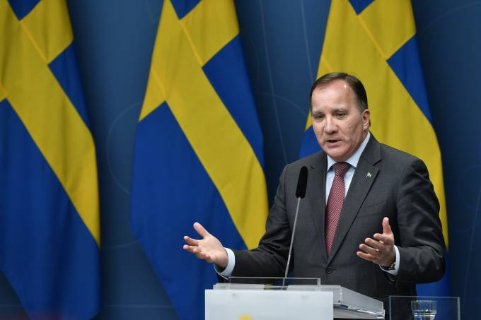SWEDEN-POLITICS-HEALTH-VIRUS