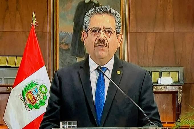 PERU-POLITICS-CRISIS-MERINO-RESIGNATION
