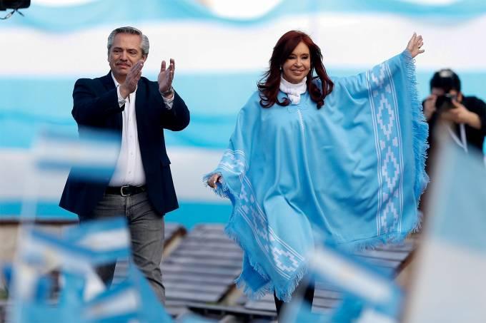 Cierre de campaña del peronista Alberto Fernández en Mar del Plata