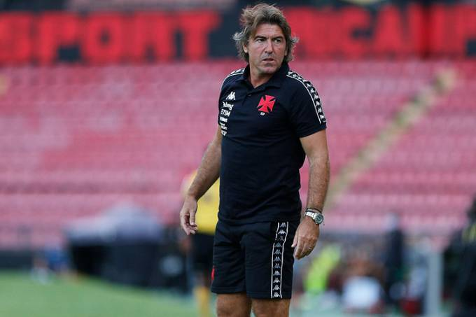 Ricardo Sá Pinto, técnico do Vasco –