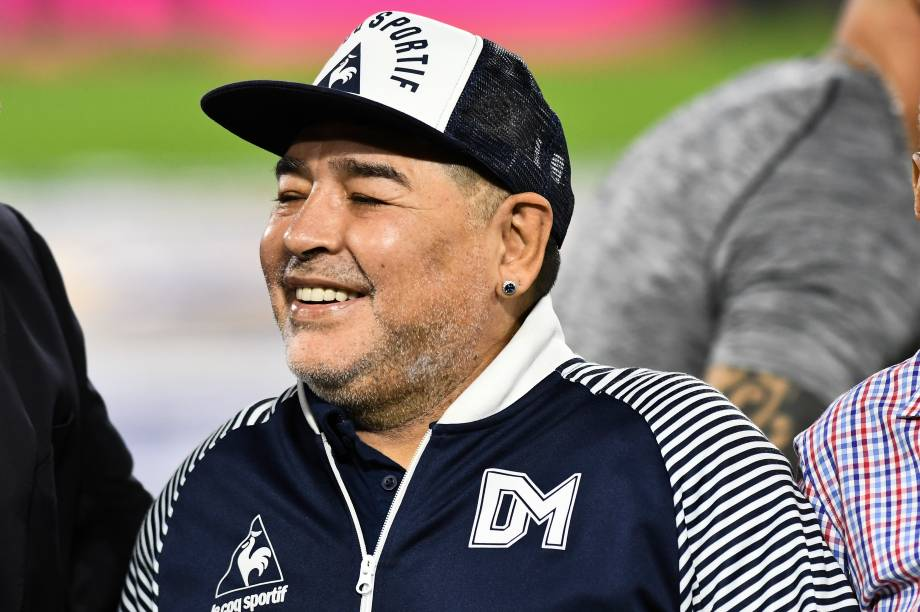 Diego Maradona como técnico do Gimnasia y Esgrima La Plata -