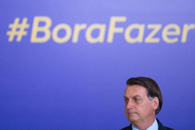 Bolsonaro Attends the Volunteering Alliance Launch Amidst the Coronavirus (COVID – 19) Pandemic