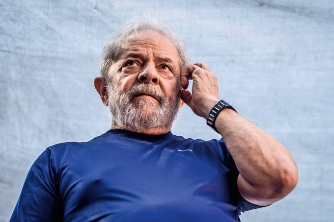 Brazilian Court Orders Immediate Arrest Of Former President Lula Da Silva