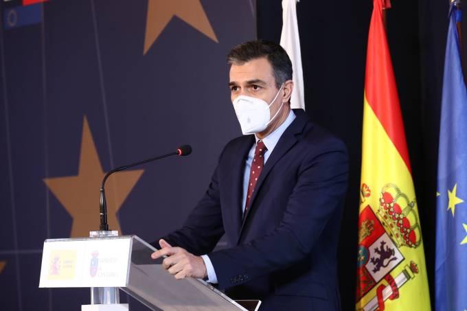 SPAIN-POLITICS-HEALTH-VIRUS
