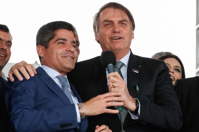 ACM Neto e Jair Bolsonaro na inauguração do Aeroporto Glauber Rocha, em 2019