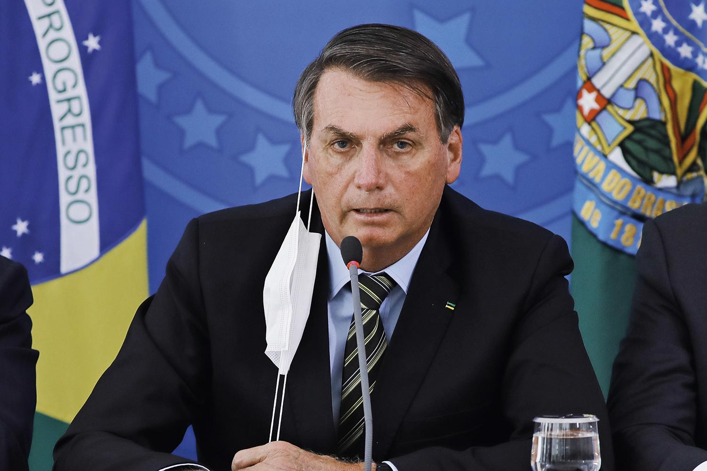 Não colou, Bolsonaro | VEJA