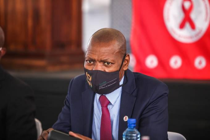 O ministro da Saúde da África do Sul, Zweli Mkhize