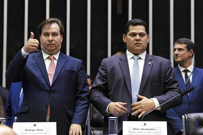 DERROTADOS -Maia e Alcolumbre: planos de reeleição interrompidos -