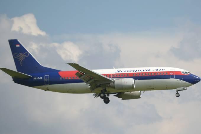 Boeing 737-300 da Sriwijaya Air, semelhante ao 737-500 que desapareceu na Indonésia –