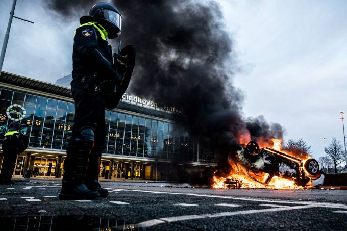 NETHERLANDS-HEALTH-VIRUS-UNREST