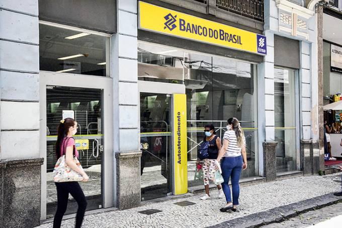 Banco do Brasil fechará agências e anuncia programa de demissão voluntário
