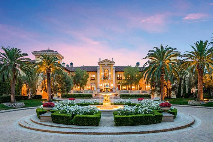 44a29a04-6e6a-4773-a4bf-706eb4617112-the-most-expensive-homes-for-sale-on-the-planet-beverly1.jpg