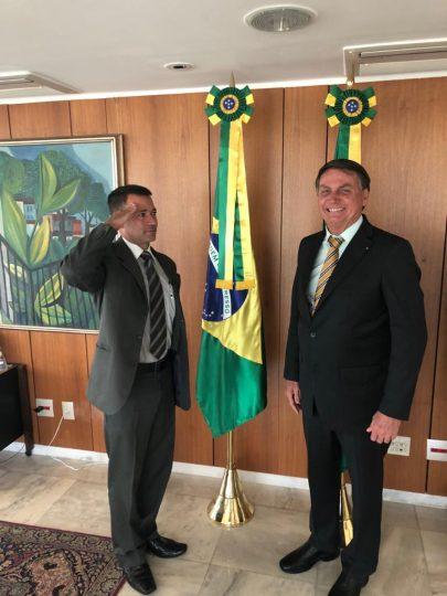 O presidente da Ceagesp, Ricardo Mello Araújo, é recebido por Bolsonaro no Palácio do Planalto