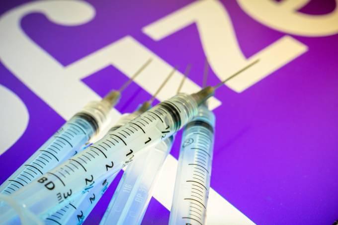 Vacina seringa Pfizer