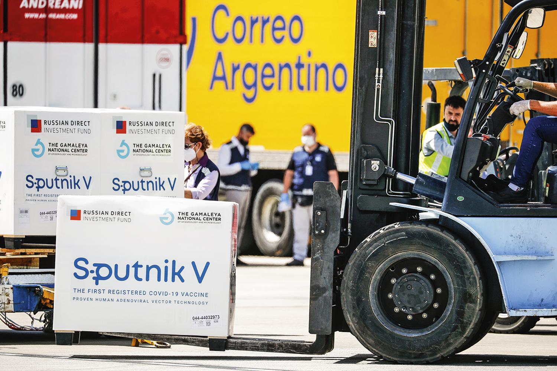 EXPORTAÇÃO- Argentina: o país pode receber imunizante russo feito no Brasil -