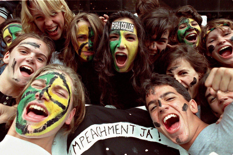 CARAS-PINTADAS -Rio, 1992: jovens deram o tom nos protestos contra Collor -