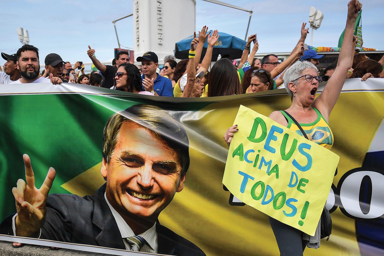 ESTRATÉGIA -Bolsonaristas na eleição de 2018: captura do moralismo religioso -
