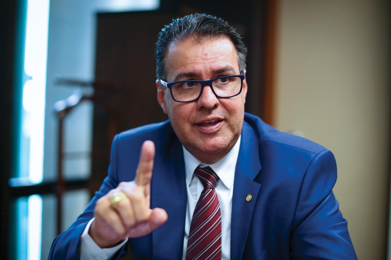 ALIADO -Deputado Capitão Augusto: projeto de dar autonomia às polícias -