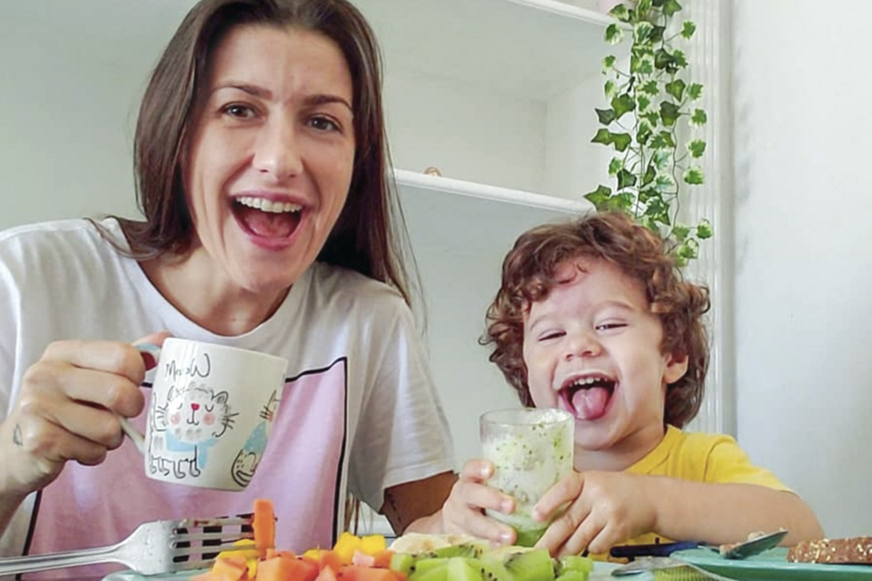 DESDE O BERÇO -Ana Desidério e o filho, Arthur: simplicidade no cotidiano -